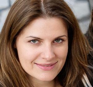 Julie Laura